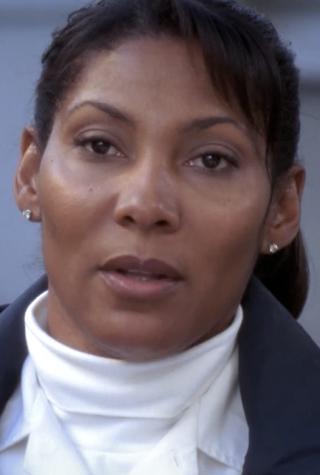Grey's Anatomy guest stars, Nicole Rubio as Paramedic Nicole