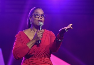 Oprah Winfrey Wows in Red Dress After 30-Pound Weight Loss (PHOTOS)