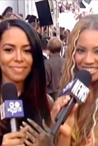 Beyonce-Aaliyah-Video-2000-VMAs