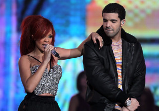 "Rihanna & Drake Haven't Made Their Relationship Official Because She's Not ""Ready"""