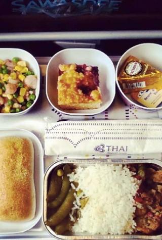 airplane food instagram