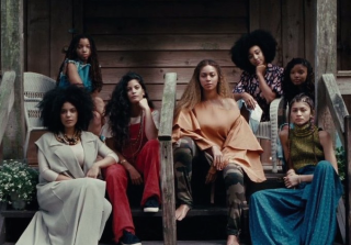 "Beyoncé Wants Blue Ivy To Be ""Just Like"" Amandla Stenberg"
