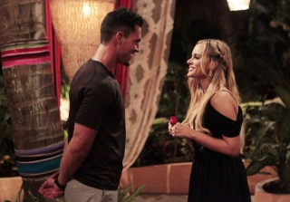 "Bachelor Nation Is Pissed ""Manipulative"" Josh Murray Is on 'Bachelor in Paradise'"