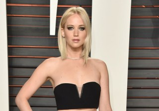 "Jennifer Lawrence Has Been ""Secretly Dating"" Director Darren Aronofsky — Report"