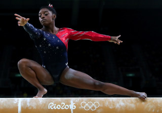 Rio 2016 Olympics: Simone Biles & Team USA Live It Up at the Closing Ceremony