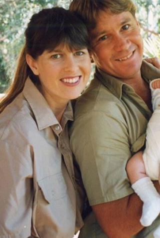 terri-irwin-dating-steve-irwin-death