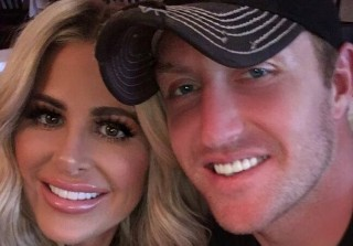Kim Zolciak Shows Support For Her Husband After He's Cut From Buffalo Bills