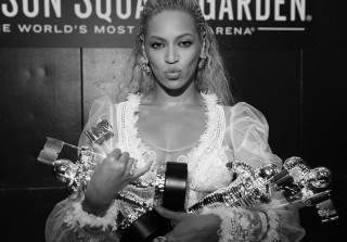 Beyoncé Brings Out Serena Williams, Jay Z, & Kendrick Lamar For Final Concert (PHOTOS)