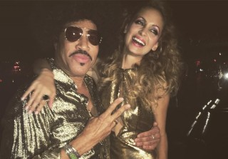 Nicole Richie Celebrates Disco-Themed Birthday With Jessica Alba, Joel Madden, & More (PHOTOS)