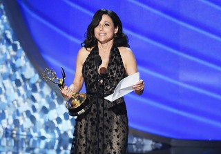 2016 Emmys: Julia Louis-Dreyfus Wins Two Days After Father's Death