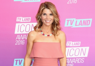 Lori Loughlin on 'Fuller House' Season 2 & 'Dancing With the Stars' — Exclusive
