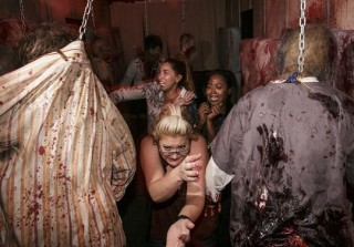 'The Walking Dead Attraction' at Universal Studios Hollywood Is Terrifying