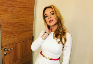 Lindsay Lohan Saving Syrian Refugees With Energy Drinks Because That\'s What They Really Need