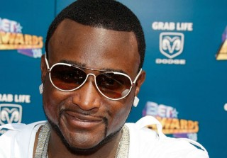 Shawty Lo's Casket Was Taken to a Strip Club After His Public Viewing (VIDEO)