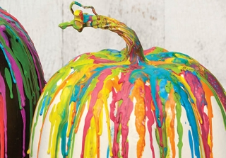 Watch a DIY Crayon Melting Halloween Craft Live