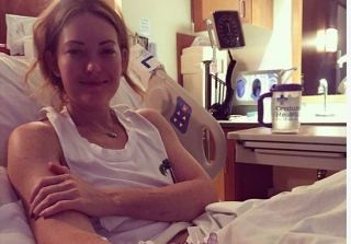"'DWTS' Alum Amy Purdy Hospitalized For Days With ""Crazy"" Illness"