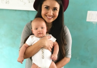 Catherine Lowe Dancing With Baby Samuel Will Make You Melt (VIDEO)