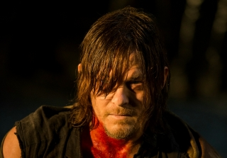 "Daryl Dixon Is Going to a ""Dark, Dark Place"" in 'Walking Dead' Season 7"