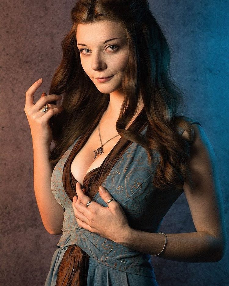 13 'Game of Thrones' Costumes Perfect For Halloween (PHOTOS)