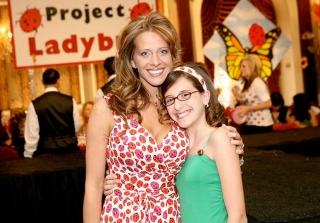 Dina Manzo\'s Daughter Lexi Looks Completely Different Now! (PHOTOS)